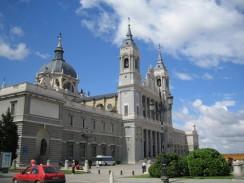 Кафедральный Собор Альмудена. Мадрид. Испания
