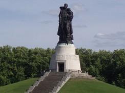 Трептов-парк. Монумент Воину-освободителю. Берлин. Германия