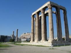 Остатки Храма Зевса Олимпийского. Афины. Греция