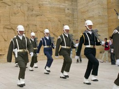 Почетный караул у мавзолея Мустафы Кемаль Ататюрка. Анкара. Турция.