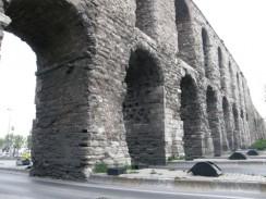 Акведук Валента. Стамбул. Турция.