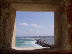 Вид из бойницы форта Кайт-Бей. Александрия. Египет.