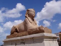 Сфинкс на территории бывшего храма Серапеум. Александрия. Египет.