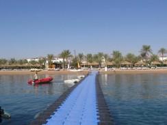 Египет. Шарм-эль-Шейх. Понтонный мостик.