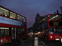 Англия. Лондонские двухэтажные автобусы