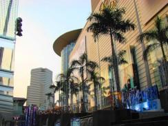 Таиланд. Одна из современных улиц нового Бангкока.