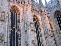 Италия. Миланский кафедральный собор одновременно может вместить до 40 000 человек.