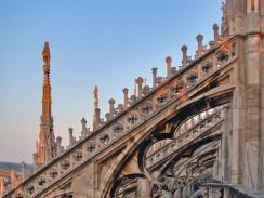 Италия. На крыше Миланского собора.