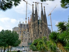 Испания. Барселона. Церковь Святого Семейства.