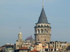 Галатская башня расположена в европейской части Стамбула. Турция.