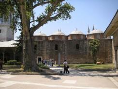 Турция. Стамбул. Дворец Топкапы — один из известнейших музеев мира.
