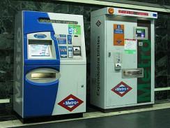 Автоматы по продаже билетов на метро. Мадрид. Испания.