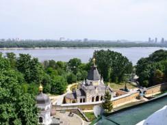 Церковь Живоносного источника Киево-Печерской лавры. Украина.