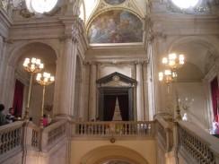 Парадная лестница Королевского Дворца. Мадрид. Испания.